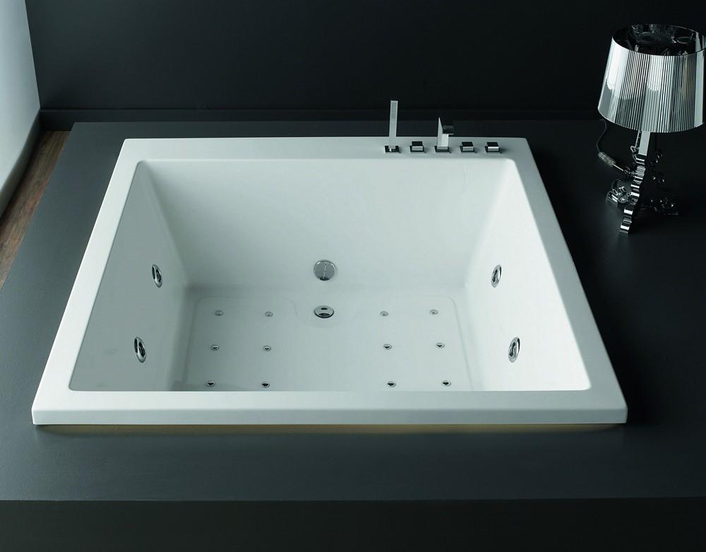 Vasca Da Bagno Da Incasso Quadrata : Vasca da bagno quadrata 165x165 offerta outlet kamalu bagno
