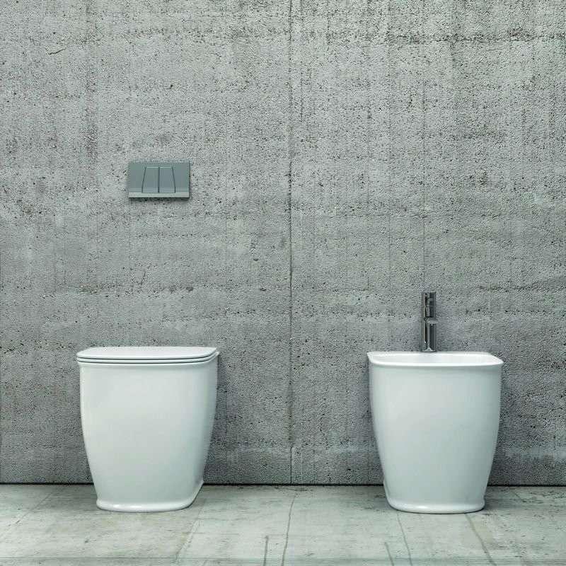 Sanitari filo parete ceramica Luxury sedile soft-close