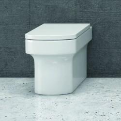 WC filomuro con sedile Termoindurente e soft-close Linea Alix