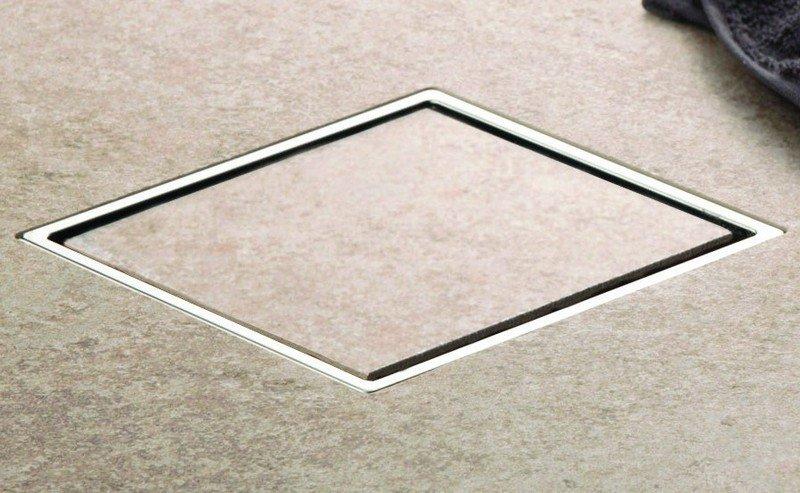 Scarico bagno a pavimento griglia piastrella offerta kamalubagno